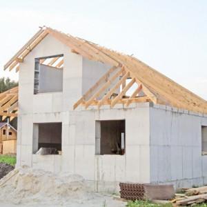 Строительство дома из пеноблоков (газоблоков): технология и нюансы по основным этапам